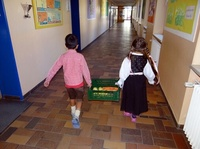 Schulobst für NRW und Rheinland-Pfalz: fruiton gehört zu den Lieferanten