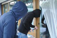 Haus und Wohnung vor Einbrechern schützen - Verbraucherinformation der ERGO Versicherung