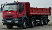 Vollständiges IVECO-Angebot in den neuen Räumlichkeiten mit Trakker und Daily Transportern