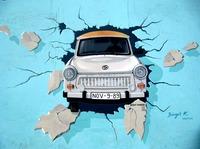 Berlin-Domains: 30  Jahre Fall der Berliner Mauer