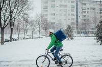 Auf zwei Rädern durch Matsch und Schnee - Saisonale Verbraucherinformation der ERGO Versicherung