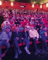 600 Heim- und Waisenkinder ins Kino eingeladen