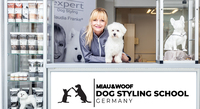 Claudia Franke eröffnet Schule für Hundefriseure in Düsseldorf
