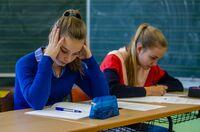 """Halbjahreszeugnis: Gratis-Ratgeber """"Schulstress"""""""