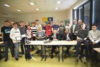 """Mit Lego-Robotern programmieren lernen: Die Controlware Stiftungsinitiative """"Junge IT"""" fordert die Adolf-Reichwein-Schule Neu-Anspach"""