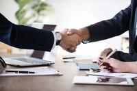 Zusammenschluss: Fusion der aifinyo AG mit Decimo GmbH