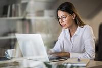 Stromverbrauch von E-Mails senken - Tipp der Woche der ERGO Versicherung