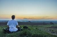 Wie meditiert man - Selbstvertrauen aufbauen, Selbstliebe steigern und ein bewusstes Leben führen!