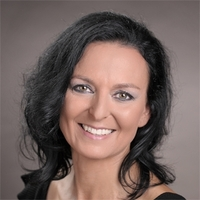 Beatrix Stäuble-Maag ist eine der Top Speaker, auf der vierten Speaker Cruise der Welt von Ernst Crameri, vom 13. bis 14. März 2020 ab Düsseldorf