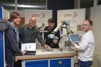 DUALIS und Gottlieb-Daimler-Schule 2 fördern Industrie 4.0-Know-how bei Nachwuchs