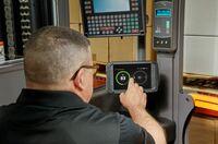 Neues Display für das InfoLink® Flottenmanagementsystem von Crown Gabelstapler
