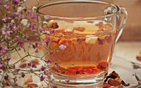 Adam und Eva, Schneewittchen und Wilhelm Tell: Einem Apfel kann niemand widerstehen... auch nicht als Tee