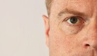 Grauer Star: Augenarzt aus Neuss zu Multifokallinsen