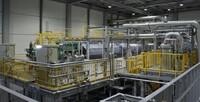 Asahi Kasei startet Produktion von grünem Wasserstoff in der weltgrößten Single-Stack Alkali-Wasserelektrolyse-Anlage in Fukushima