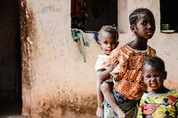 Weltweit hungern Millionen Schulkinder  extreme Kinderarmut steigt / Kinderhilfsorganisationen fordern Hilfe für Kinder in Corona-Krise