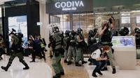 Hundreds gather in Hong Kong malls as anti-gov't rallies reemerge