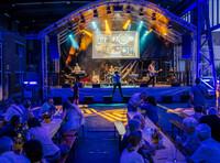 4.000 Besucher feierten 125 Jahre Heller mit De Coronas