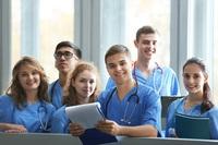 Starte dein Medizinstudium im Ausland mit einem optimalen Vorsemester Medizin!