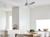 Weiss, elegant, energiesparend und leise - der neue Deckenventilator für Puristen