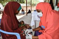 Kinderlähmung, Malaria und HIV könnten wieder zunehmen / SOS-Kinderdörfer befürchten in Folge der Corona-Bekämpfung Zusammenbruch der Gesundheitssysteme armer Länder