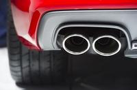 Mit getuntem Auto ins Ausland - was ist erlaubt? - Verbraucherfrage der Woche der ERGO Rechtsschutz Leistungs-GmbH