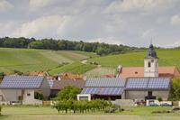 Zum Jahreswechsel endet die Förderung für zahlreiche bayerische EEG-Anlagen - Bayernwerk und LEW Verteilnetz fordern Perspektiven für Weiterbetrieb