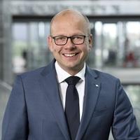 Ralph Ganzenmüller wechselt von HDI Global SE in die Geschäftsführung der SoftProject GmbH