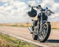 Motorradgarage: die praktischste Lösung für die kalte Jahreszeit