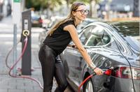 Durchblick im Dschungel der steuerlichen Förderungen von E-Fahrzeugen gewinnen