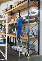 Regalleitern von KRAUSE - sicher, vielseitig und an viele Bedürfnisse anzupassen