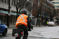Fahrradfahren im Herbst und Winter - Saisonale Verbraucherinformation der ERGO Versicherung