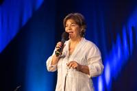 Nicole Rösler beim Speaker-Slam: Wie der Satz des Pythagoras den Geschäftserfolg steigert
