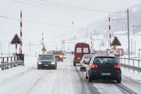 Sicher Auto fahren bei Schnee und Eis - Verbraucherinformation der ERGO Versicherung