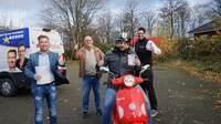 schuhplus-Gewinnspiel: Lena Wodtke aus Hilkenbrook, Dennis Kölln aus Bad Bramstedt und Nadine Eichinger aus Bremen gewinnen E-Roller