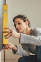 Aktuelle Umfrage: Jeder vierte Deutsche beauftragt bei Arbeiten und Reparaturen im Haus einen Handwerker