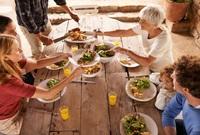 Fit statt fett? Die besten Wohlfühl- und Genuss-Tipps für die Festtage!