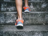 Mit Treppensteigen den Einstieg ins Ausdauertraining schaffen