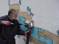 Graffiti entfernen: Unternehmen für Reinigungstechnik aus Berlin macht Graffitientfernung ohne Ausschluss der Öffentlichkeit möglich