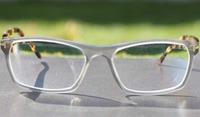 Rote Augen? Augenarzt für Neuss rät zur Abklärung