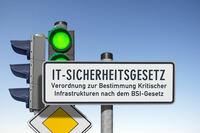 IT-Sicherheitsgesetz 2.0 soll Cybersicherheit erhöhen: CARMAO gibt KRITIS-Unternehmen einen Leitfaden
