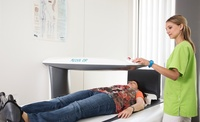 Knochendichtemessung als Teil der Osteoporose Prävention