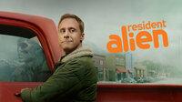 Resident Alien - Die Sci-Fi Dramedy Serie, die die Welt jetzt braucht! Ab dem 8. April als exklusive TV-Premiere auf SYFY