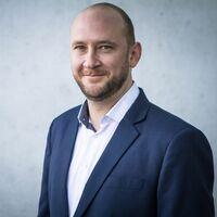 Andreas Sperber verstärkt asioso als neuer Teammanager