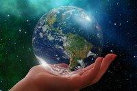 Mit Earth-Domains liegen Sie am Earth Day richtig...