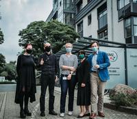Weltberühmter Kriminalbiologe Dr. Mark Benecke besucht den Gral der Mikroben in Braunschweig