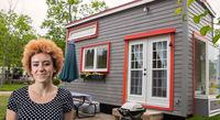 Kleines Tiny House ganz groß im Trend: Ostangler Brandgilde versichert Mobilheime
