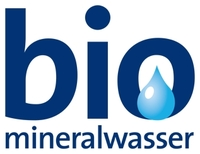 Qualitätsgemeinschaft Bio-Mineralwasser wächst: Römerwall NaturBrunnen mit Bio-Mineralwasser-Siegel ausgezeichnet