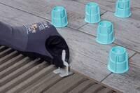 Neues Ardex-Nivelliersystem: Überzähne schnell und einfach ausgleichen