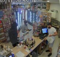 Bewaffneter Raubüberfall auf Berliner Shop