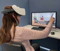 Bochumer Medizinstudenten trainieren Diagnosegespräch mit virtuellen Patienten